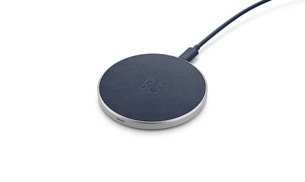BeoPlay Charging Pad Indigo Blue - Bosshard HomeLink AG